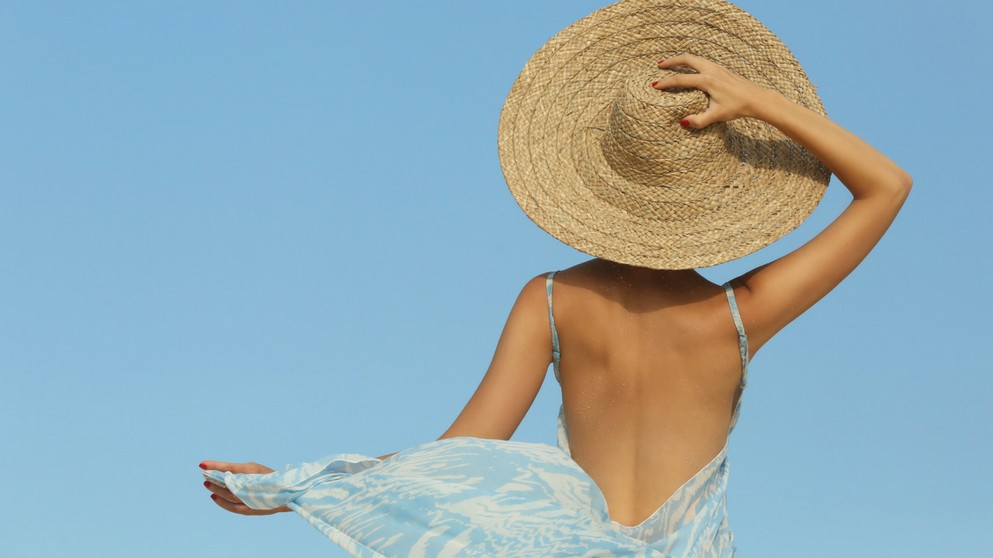 The Wise Woman's 7 Must-Do Summer Skin Care Tips
